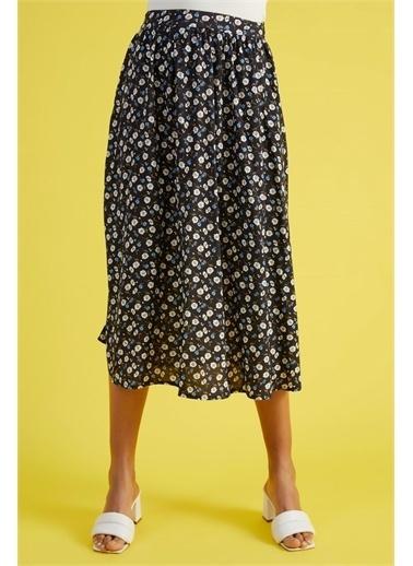 Z Giyim Kadın  Siyah  Çiçek Desenli Beli Fermuarlı Etek Siyah